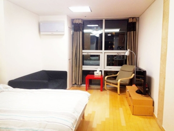 Chungjeongno 2(i)-ga Apartment (High-Rise)