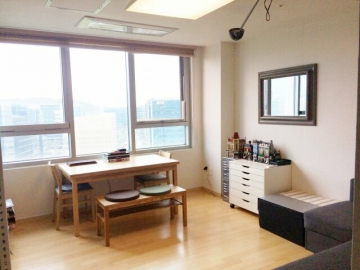 Sampyeong-dong Efficency Apartment